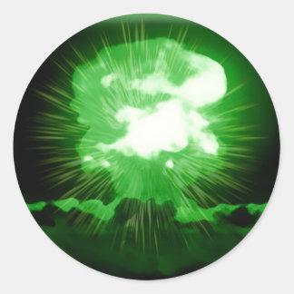 A bomba verde vai crescimento adesivos em formato redondos