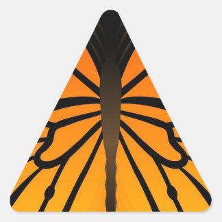A borboleta beija o design gráfico do anjo floral adesivos em forma de triângulo