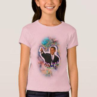 A camisa cabida da menina do Aquário de Obama