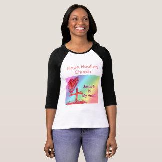 A camisa cura das mulheres cristãs da igreja da