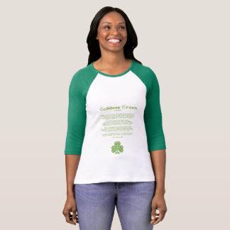 A camisa das mulheres do dia de St Patrick verde