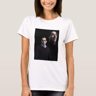 A camisa das mulheres do retrato de Angelo