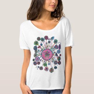 A camisa das mulheres - mandala da flor