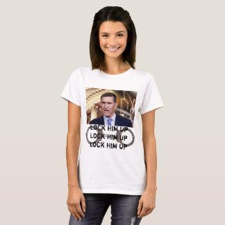 A camisa de Flynn trava-o acima