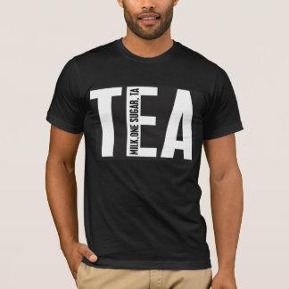 A camisa do CHÁ, ordenha um açúcar