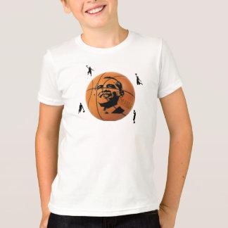 A camisa do miúdo do basquetebol de Obama