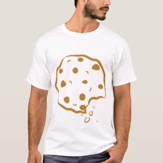 A camisa dos homens mordidos do biscoito dos