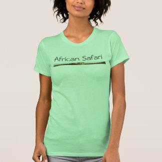 A camisa elegante das mulheres africanas do safari t-shirt