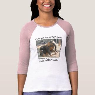 A camisa engraçada, dia de corcunda é irrELEPHANT
