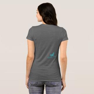 A camisa macia super das mulheres