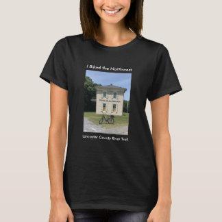 A camiseta das mulheres negras noroestes da fuga