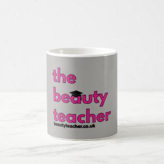 A caneca da graduação do professor da beleza