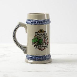 A caneca de cerveja de George e de dragão