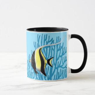 A caneca dos peixes do recife do ídolo do Moorish