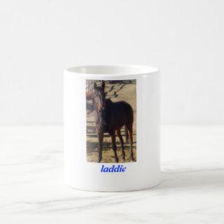 """A caneca dourada """"Laddie """" da cenoura"""
