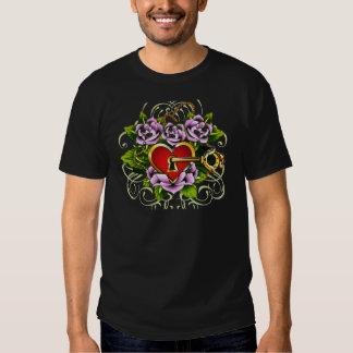 A chave a meu coração por Janiece Senn Camiseta