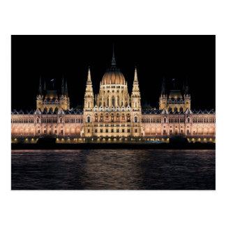 A construção húngara do parlamento Budapest Cartão Postal
