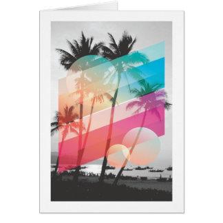 A cor moderna listra o fundo das árvores de coco cartão