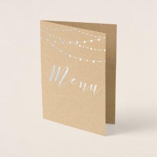 A corda da folha de prata ilumina o cartão do menu