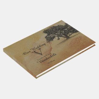 A corda do carvalho da queda ilumina o livro de
