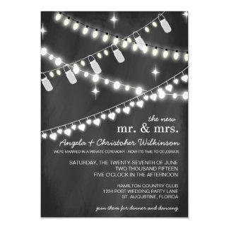 A corda romântica ilumina o convite da recepção