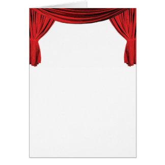 A cortina vermelha extravagante da mostra de cartões