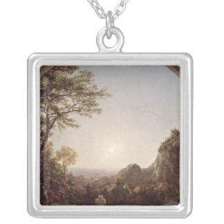A cruz solitário, 1845 colar