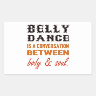 A dança do ventre é uma conversação entre o corpo adesivo retangular