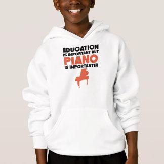 A educação é importante mas o piano é Importanter
