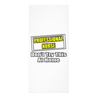 A enfermeira profissional… não tenta esta em casa 10.16 x 22.86cm panfleto
