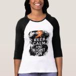 A esclerose múltipla mantem a calma e luta-a sobre t-shirt