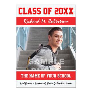 A escola vermelha e branca colore a graduação dos convite 12.7 x 17.78cm