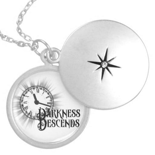 A escuridão do pendente de Compas desce Colares Personalizados