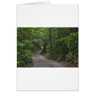 A estrada de terra no verão cartão comemorativo
