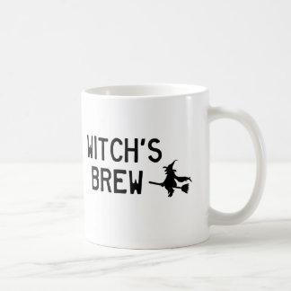 A fermentação da bruxa caneca de café