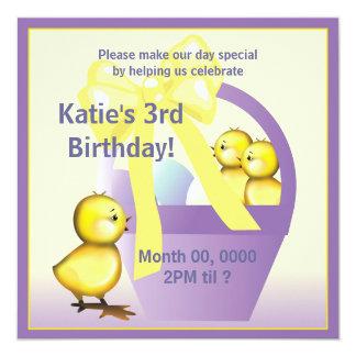 A festa de aniversário dos pintinhos da páscoa convite quadrado 13.35 x 13.35cm