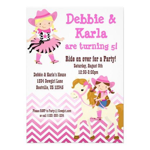 A festa de aniversário gêmea cor-de-rosa das vaque convites personalizados