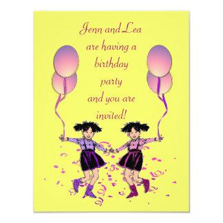 A festa de aniversário gêmea da menina convida convite 10.79 x 13.97cm
