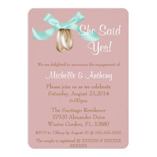 A festa de noivado azul bonito do anel de noivado convites personalizados