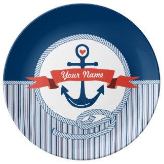 A fita náutica da corda da âncora listra o azul prato de porcelana