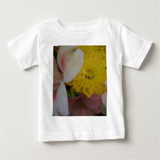 A flor sorri arte & fotografia de CricketDiane Camisetas