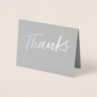 A folha simples agradece a cartões de