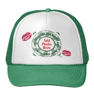 A FOTO beija-me que eu sou beijo listrado verde ir Boné