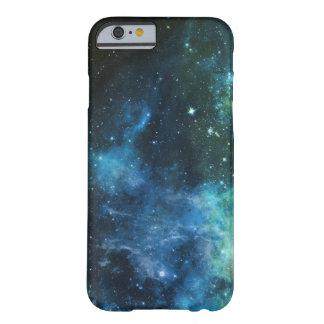 A galáxia Stars o verde azul do iPhone da nebulosa Capa Barely There Para iPhone 6