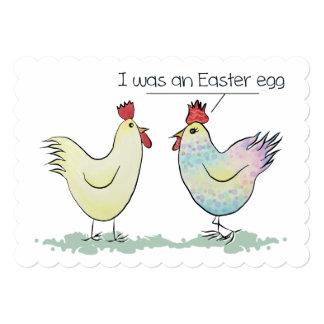A galinha engraçada era um ovo da páscoa convite 12.7 x 17.78cm