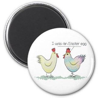 A galinha engraçada era um ovo da páscoa ímã redondo 5.08cm