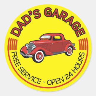 A garagem do pai para o pai que tem a oficina do adesivos redondos