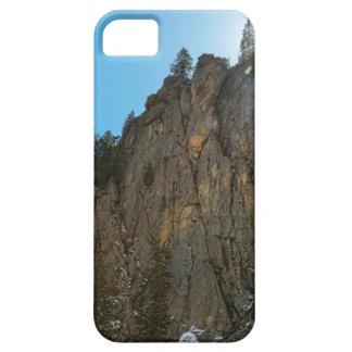 A garganta de Boulder reduz o pináculo Capa Barely There Para iPhone 5