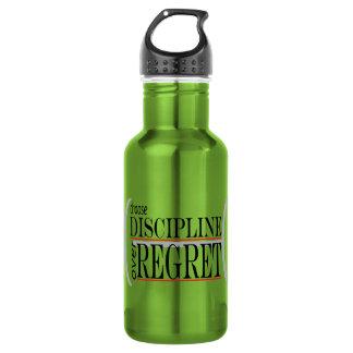 A garrafa de água de inspiração escolhe a