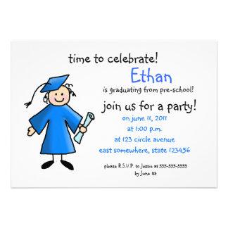 A graduação do pré-escolar convida--menino azul convite
